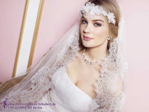 Hochzeitshaus-Schubert-Brautmode-Berlin-Lilly-LILLY_PREVIEW2016_Bridalfashion (3)-024